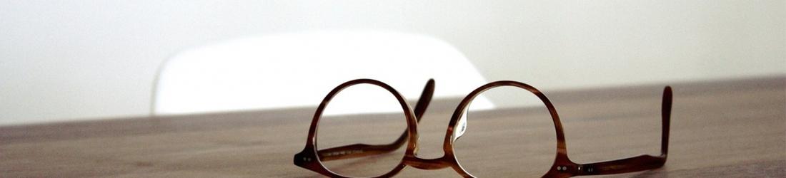 Manutenzione degli occhiali: come pulirli adeguatamente